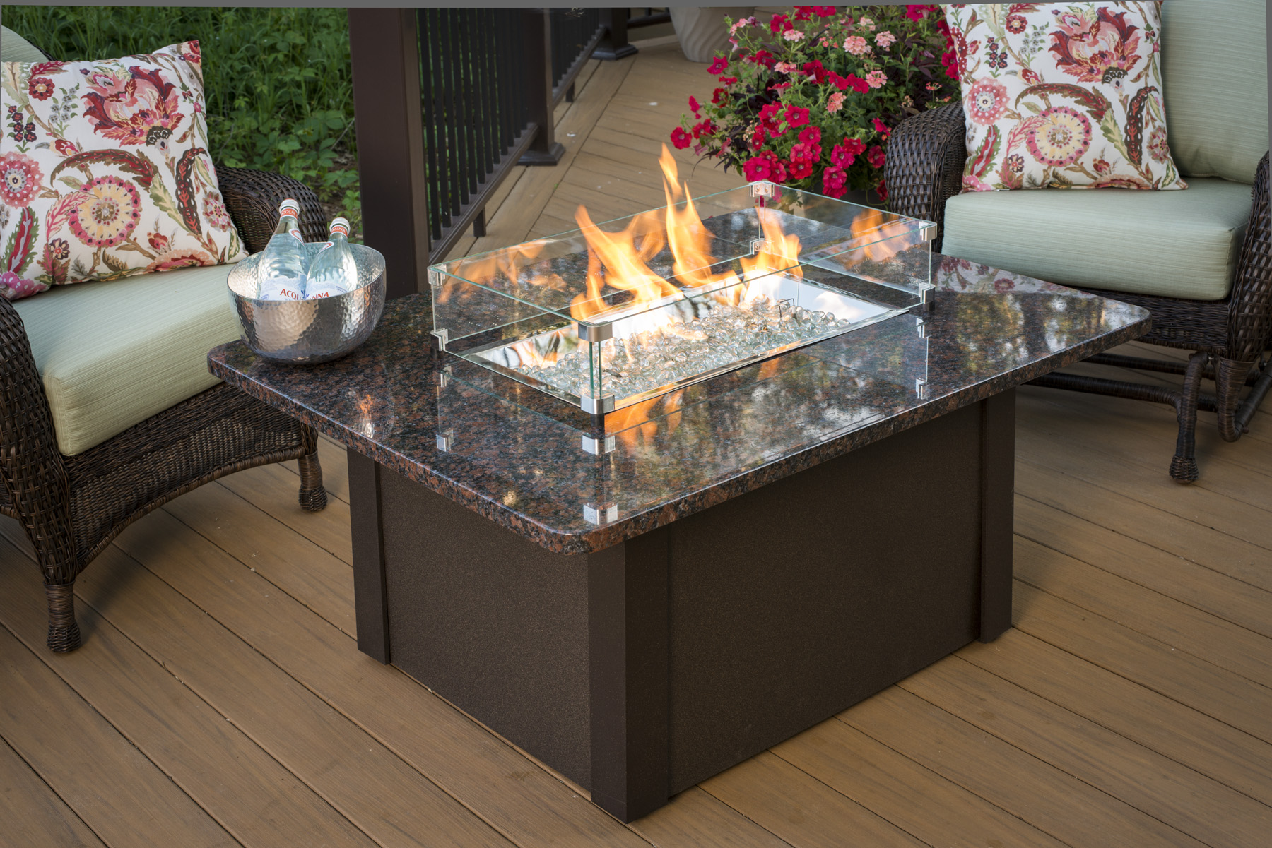 outdoor great room fire pits